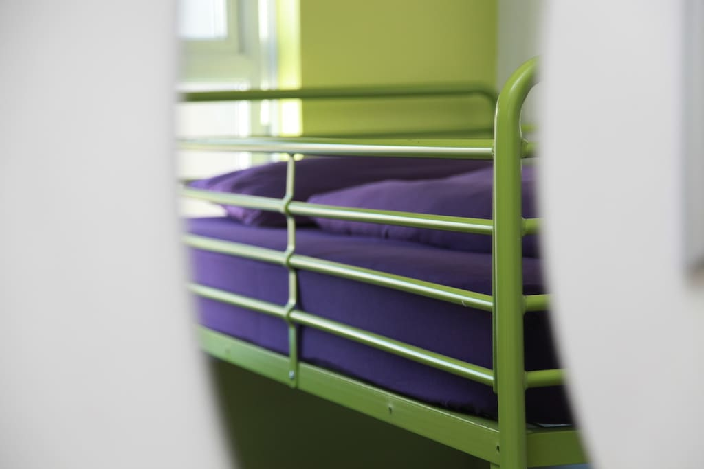 Budget bunk rooms, Hotel Sunnyside, Newquay, Cornwall