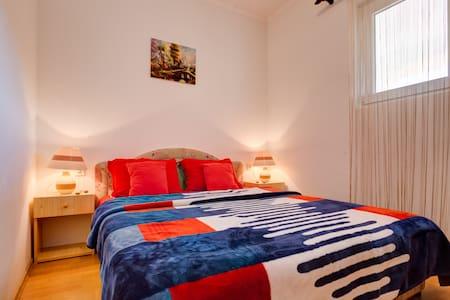 2 Bedroom Ap Lazarus With Balcony & Sea View