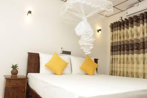 Peaceful Sigiriya Guesthouse(Deluxe Double Room)