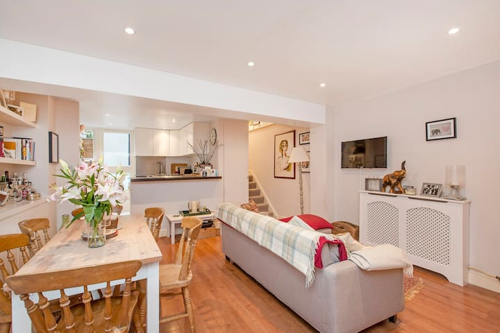 Large 1 bedroom garden flat Fulham - London - Apartment