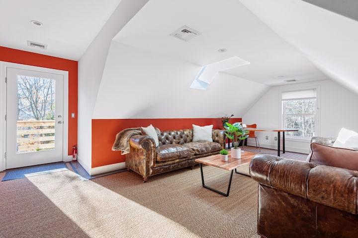 Serene Entire Apartment in East Hampton