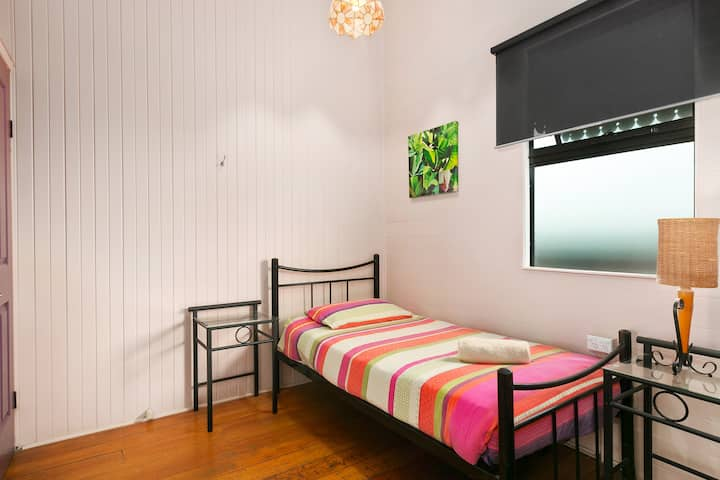Dreamtime Single room