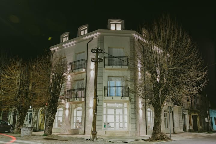 Hotel Dapcevic⋆⋆⋆⋆ Double Room / Stay in Cetinje