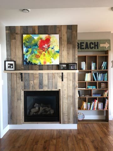 Living space with gas fireplace- Shared space