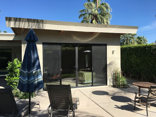 The PSP Little Beverly Hills Casita - Palm Springs - Guesthouse
