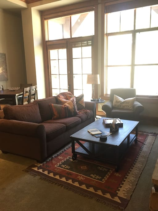 Open Great Room with Fireplace and Flat Screen TV