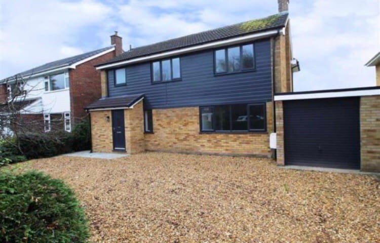 Renovated Family house on the outskirts of Chester