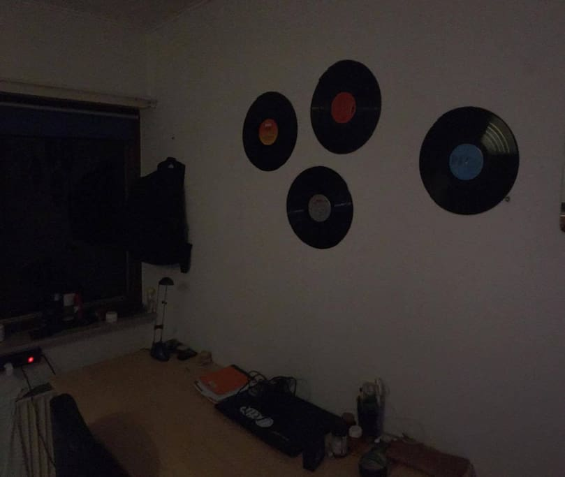 Working table and vinyl decorations
