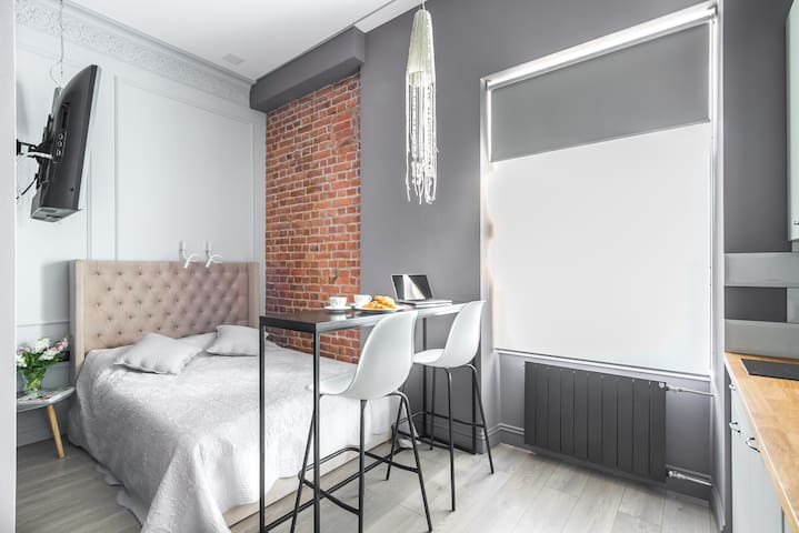 Welcome Apart Hotel / 17M