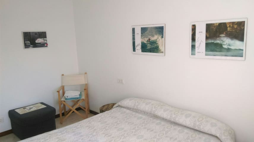 PRIVATE ROOM DOUBLE BED - Pamplona - Hus