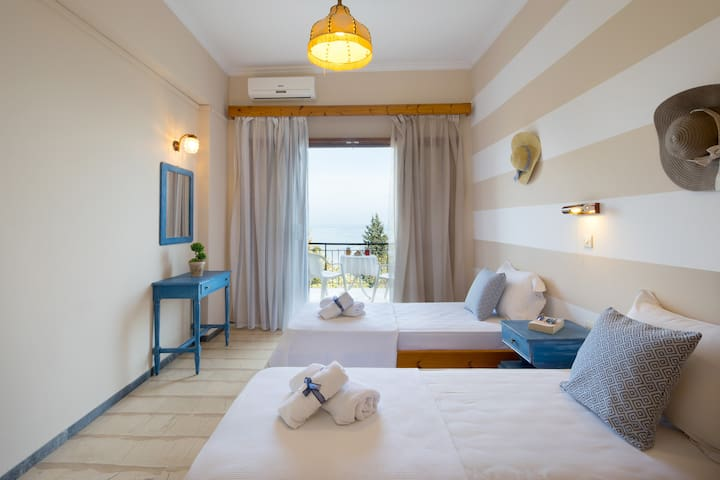 Casa dei Venti Cozy Twin Room with Sea View