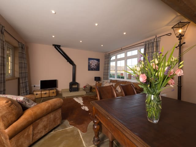 Duke's Place, Drovers Cottage | Bishop Thornton - North Yorkshire - Ev