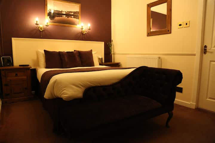 Arran Suite at The Galley of Lorne Inn