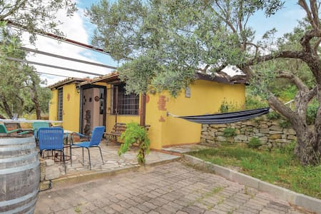 Holiday cottage with 1 bedroom on 62m² in Isca CZ