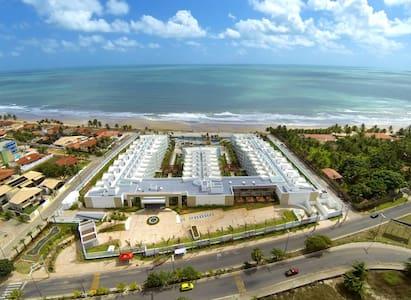 Apartamento Luxuoso em Praia Paradisíaca