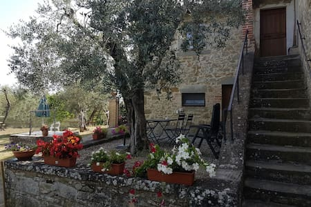 Casa Collebaldo, country home in Umbria Italy - Collebaldo - Rumah
