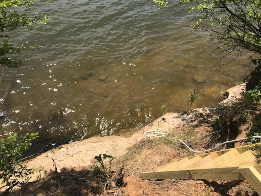 Access to Lake