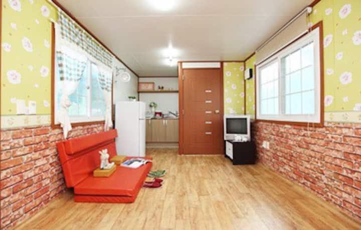해바라기 방 (room number 5)