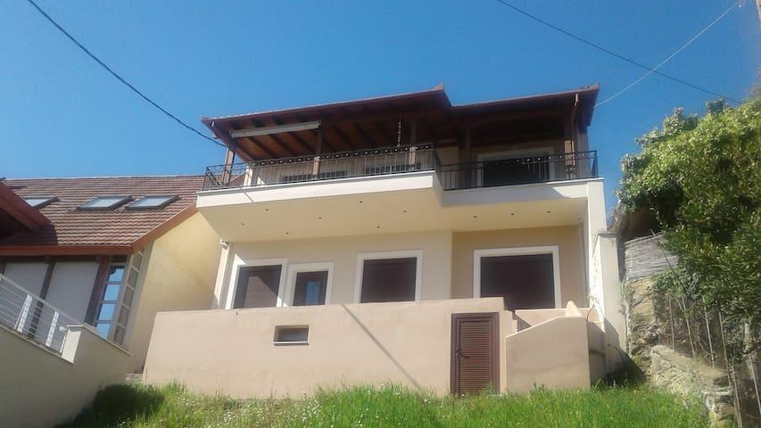 Joanna's House - Volos - Casa