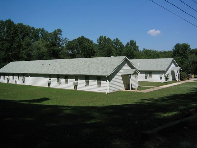 Peach Orchard  Retreat Center and Campground - Silver Spring