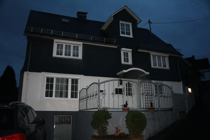 Ferienhaus in Niederfischbach zur Alleinnutzung...