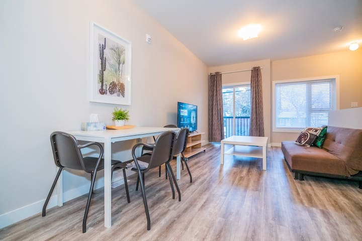 🎅NEW 2 BDRM CONDO, MINUTE AWAY FROM U OF Manitoba