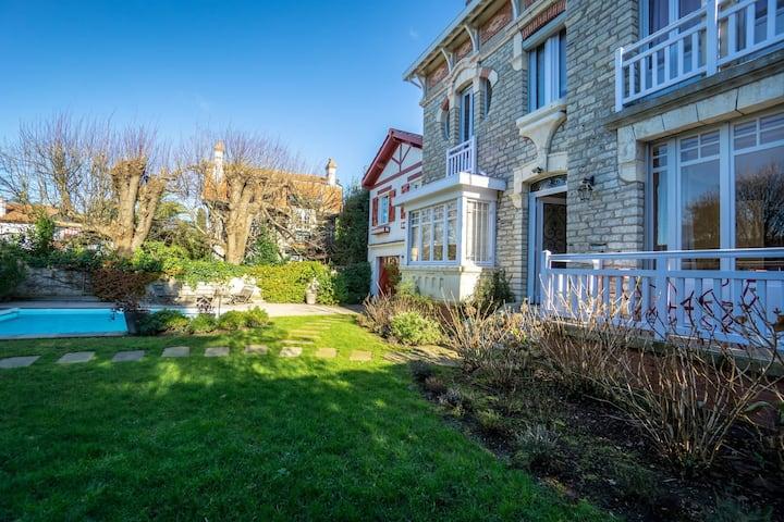 YOUCCA // LE BUISSON magnifique villa avec piscine et jardin à Biarritz