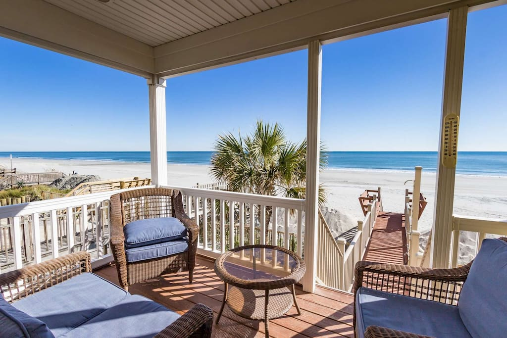 Amazing oceanfront home for weekly vacation rental