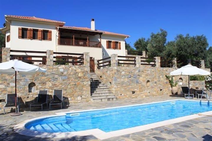 Villa Daphne - Chorto - Villa