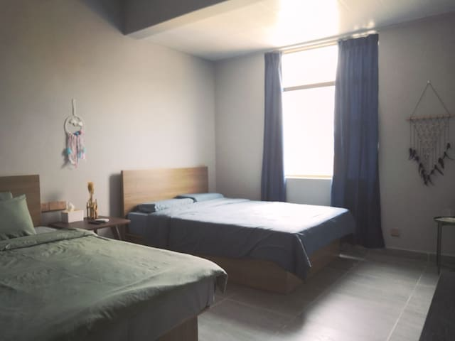 浪琴湾附近野生沙滩近地质公园方言咖啡民宿 两亲子,一大床 ,三房三卫