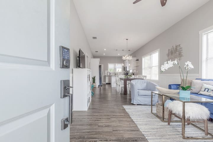 Fully Renovated Historic Ybor Bungalow