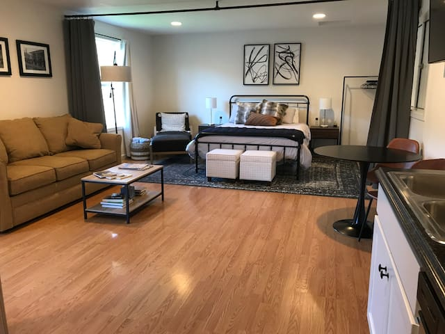 Open and airy with great lighting.  Kick off your shoes and relax in this very private, quiet space that is sparkling clean.  Our goal is to earn your 5 star review, we do not expect it just be awarded to us automatically.