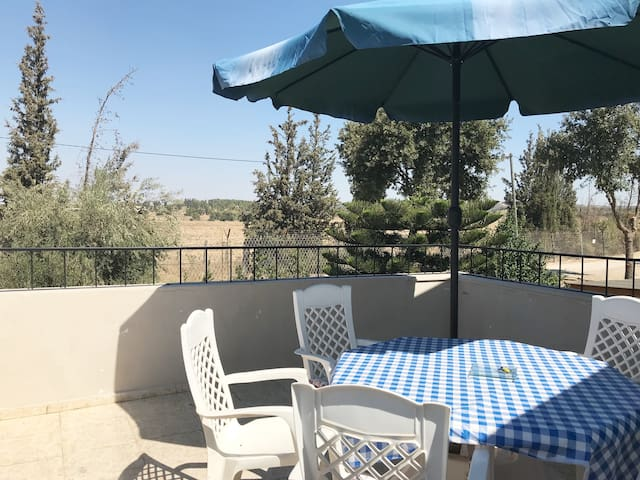 Large, breezy veranda
