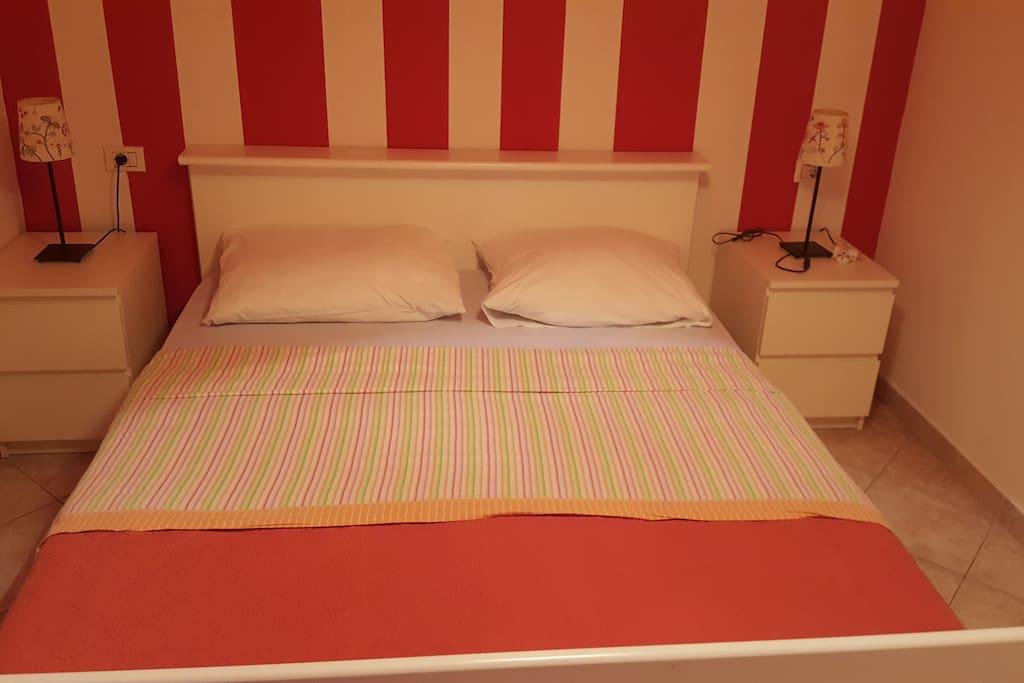 room- bed 1