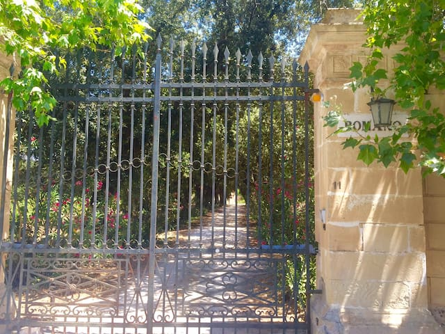Grey house in a garden - Appartamento in campagna - Provincia di Lecce - Leilighet
