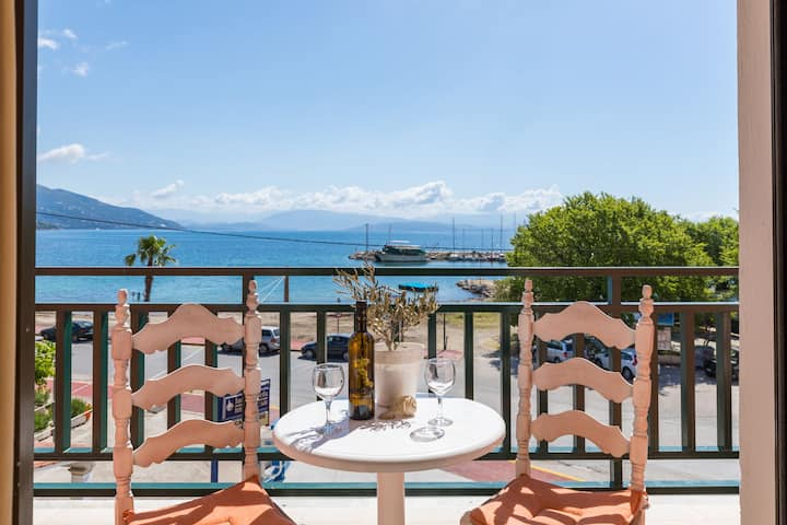 Seaside Budget Studios with a seaview balcony
