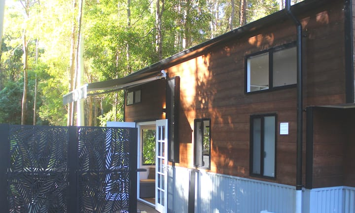 Modern Tiny House in Natural Noosa