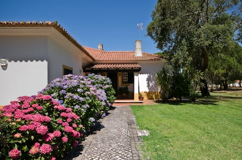 "Family Country House ""Casa da Avó"""