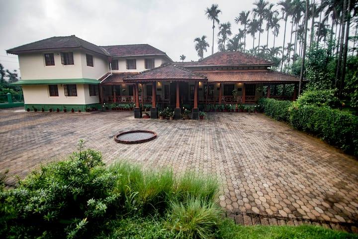 Siddhanta Manor Premium Homestay