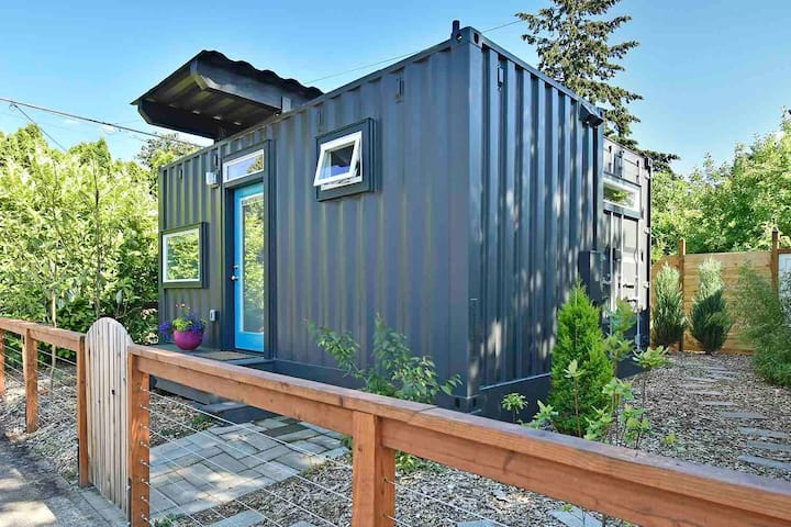 Unique SE Container House with private patio