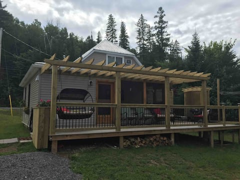 Trailside Cottage-Doaktown NB