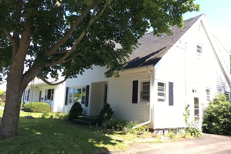 Private 4 Bedroom Home in Truro