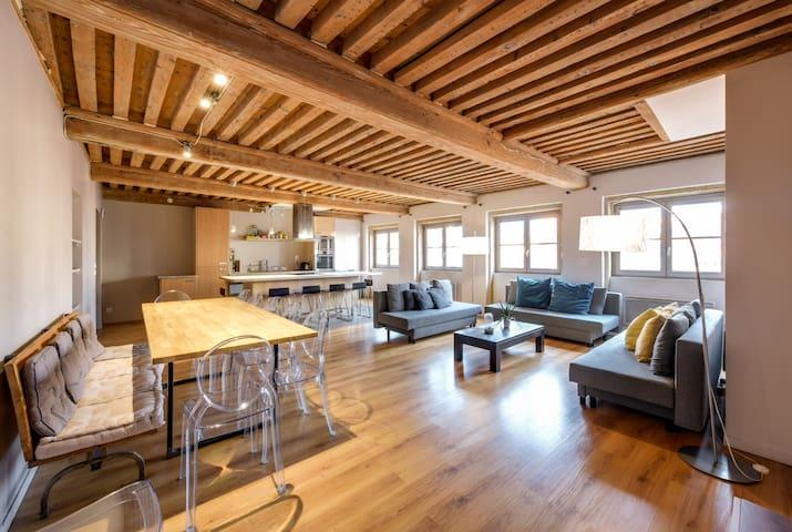 NOCNOC - L'Etage des Cordeliers, 4 chambres, Lyon