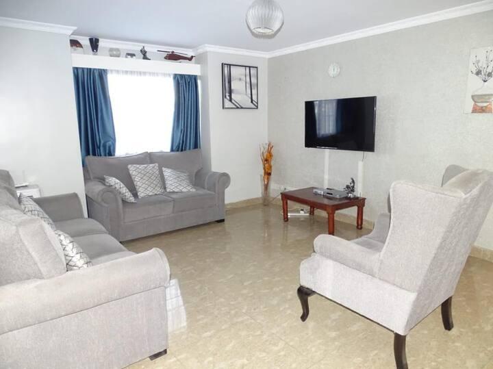 Aden Apartment, Nyayo Estate