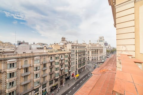 las ramblas roof top-attic view private apartment