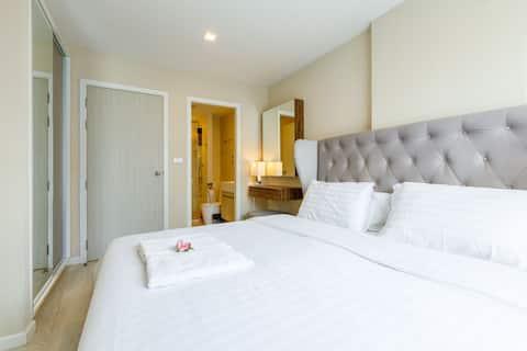 Ekkamai舒适公寓 中文房东 曼谷大学附近