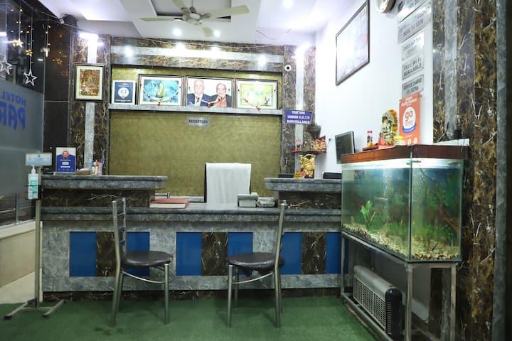 friendly hotel in paharganj ! central Delhi