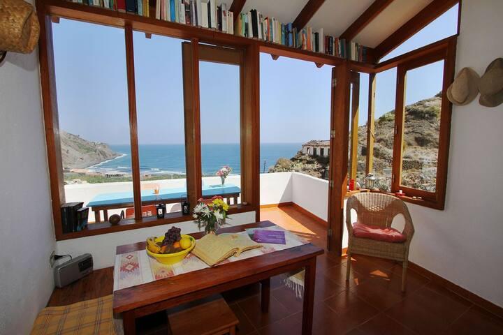 Ferienwohnung mit traumhaftem Meerblick
