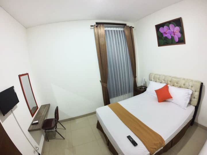 Deluxe Cozy Room A