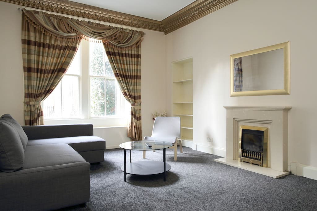 Large living room with large TV can enjoy 100s of Movies and TV show in Netflix